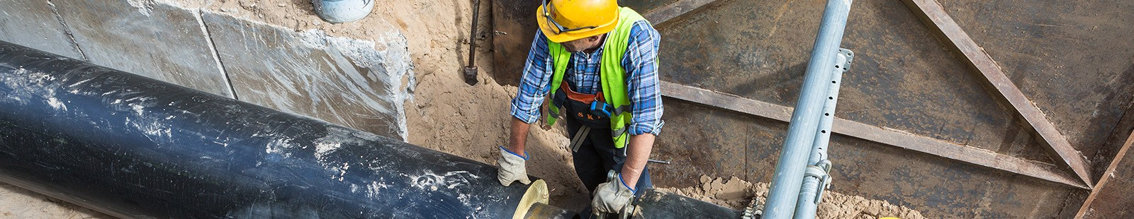 Removing Sewer Blockage Safely